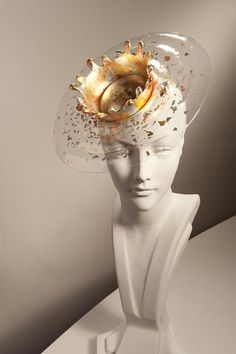 I love the ideas here, so much scope to explore further. Vintage Chic: Don't Just Crown It, Stephen Jones It