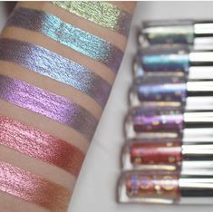 Loving these swatches by of our Holographic Eye Toppers 🙌🏻✨✨ Makeup Geek, Skin Makeup, Makeup Tips, Beauty P, Beauty Makeup, Holographic Makeup, Liquid Eyeshadow, Eyeshadows, Lip Cream