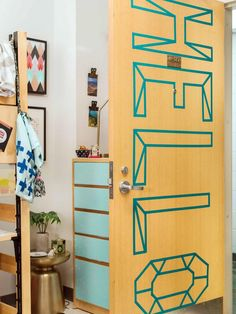 20 Totally Removable Dorm Room Decor Ideas | HGTV Crafternoon | HGTV >> http://www.hgtv.com/shows/hgtv-crafternoon/18-totally-removable-dorm-room-decor-ideas--pictures?soc=pinterest