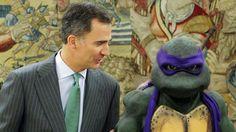 Felipe VI se reúne con Donatello de las Tortugas Ninja en su ronda de consultas
