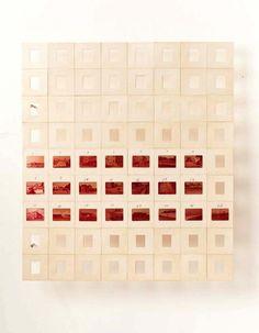 Luiz Zerbini - Die Mauer, 2012 Slides e fita 45 x 40 cm