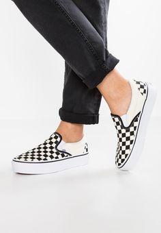 55a80fdf098 18 Best platform vans outfit images | Vans outfit, Fashion shoes ...