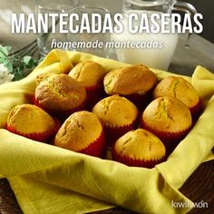 Video of Spongy Homemade Mantecados - If you are a sweet bread lover, you have to try these fluffy homemade shortbread. Mexican Sweet Breads, Mexican Bread, Mantecadas Recipe, Mexican Dessert Recipes, Pozole, Cooking Recipes, Healthy Recipes, Dishes Recipes, Food Dishes