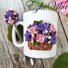 Обычно я делала только ложечку с цветочным шаром. На этот раз это набор. Добавила ещё отдельное фото кружки, уж очень мне нравится как получилась корзинка с цветами . ❗️Повтор кружки 1100₽, ложки 550₽.❗️ #полимернаяглина #вкусныеложки #кружканазаказ #кружкасдекором #ezhevika_lyu #polymerclay #ручнаяработа #липецк #handmade
