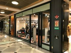 Restyling de locales de moda – Herencia Argentina – Federico Dominguez Arquitectos Stained Glass Designs, Commercial Architecture, Architects, Space, Argentina