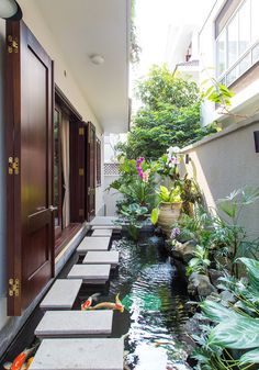 A new collection of 15 Wonderful Zen Inspired Asian Landscape Ideas that will inspire you and give you ideas to change your backyard. Pond Landscaping, Ponds Backyard, Modern Landscaping, Koi Ponds, Landscaping Design, Landscaping Software, Backyard Bbq, Landscaping Contractors, Modern Patio