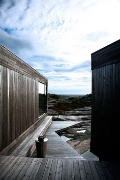 Norwegian Summerhouse, Cabin Inside-Out design by Reiulf Ramstad Architects: rural residential architecture, Summer House in Norway Architecture Design, Residential Architecture, Contemporary Architecture, Landscape Architecture, Design Exterior, Interior And Exterior, Small Summer House, Timber Deck, Glass Facades