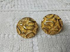 Avon Golden Nugget clip Earrings 1985 Gold Rush