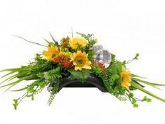 Fall Flowers, Floral Arrangements, Makeup Tips, Floral Wreath, Wreaths, Autumn Flowers, Floral Crown, Door Wreaths, Flower Arrangement