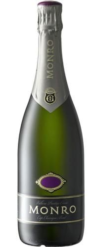 Monro Brut 2007 - Rich, creamy, yeasty nose, with a full, ripe toasty flavour on the middle palate developing finesse and complexity on the aftertaste.    The new contemporary packaging has been well received. The individual bottles are contained in single bottle boxes that double up as gift boxes. However if the gift option is of no use to you the Monro Brut is also available in beautifully designed 6 packs.    Powerful and rich to drink now it will still improve for up to 3 years.