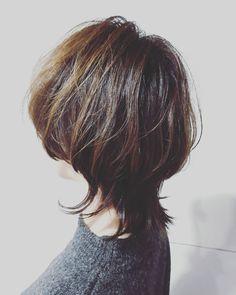 画像に含まれている可能性があるもの:1人以上 Beauty Makeup, Hair Makeup, Hair Beauty, Hair Day, My Hair, Great Hair, Androgynous, Short Hair Styles, Hair Cuts