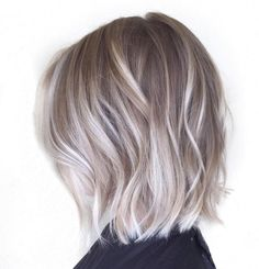 Ash Blonde Bob With Platinum Balayage Ash Blonde Balayage Short, Grey Ash Blonde, Ashy Blonde Hair, Platinum Blonde Bobs, Balayage Bob, Silver Blonde, Bayalage, Silver Hair, Medium Blonde Hairstyles