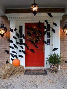 halloween-front-porch-with-bats-across-door-06