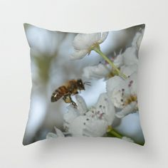 Bee in Flight - Closeup Throw Pillow