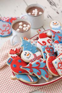 Iced Christmas Sugar Cookies... I love how the ornaments are decorated!