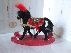 Schaukeltier Zirkuspferd für die Puppenstube