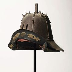 Samurai Helmet, Samurai Armor, Military History, Warfare, Swords, Baroque, Warriors, Riding Helmets, Armour