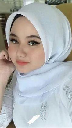 Beautiful Muslim Women, Beautiful Hijab, Simply Beautiful, Muslim Beauty, Hijab Fashionista, Hijab Niqab, Pakistani Girl, Face Photography, Girl Hijab