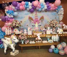 festa unicórnio festa infantil personalizada de aniversário festa de menina festa linda festa fofa festa de criança Birthday Party Treats, Unicorn Themed Birthday Party, 10th Birthday Parties, Unicorn Party, Birthday Party Decorations, Unicorn Baby Shower, First Birthdays, Tema Disney, Camilla