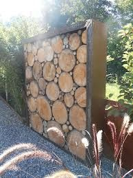 Wooden fence // Screen with wood- Wooden Fence // Sichtschutz mit Holz Wooden fence // Screen with wood - Diy Fence, Wooden Fence, Wooden Pergola, Pergola Patio, Fence Ideas, Garden Fencing, Garden Art, Diy Garden, Log Wall