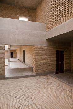 Ahmedabad Residence, Ahmedabad, India (2014). Image Courtesy of Studio Mumbai