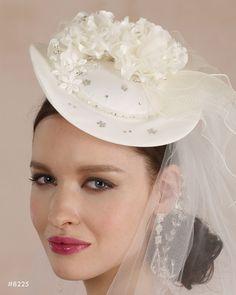 The Bridal Veil Company Style: 8225 $180.00