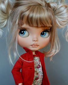 Blythe Doll — Suedolls (@suedolls) в Instagram: «Sweet dreams to all!!! #suedolls #puppelinacustomeyechips #kosucas»