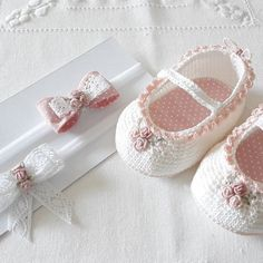 Baby Ballerina, Crochet Books, Rococo, Baby Knitting, Diy And Crafts, Baby Shoes, Girls Dresses, Kids, Clothes