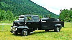 Old school tow truck