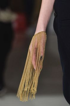 C+ Accessoires, the fashion accessories trade magazine, special Fashion Week 2014 Paris. Jewelry Art, Fashion Jewelry, Jewelry Design, Jewellery, Gold Fashion, Gold Jewelry, Jóias Body Chains, Women's Accessories, Fashion Details