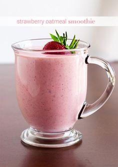 Strawberry Oatmeal Smoothie | the Hungry Hedgehog