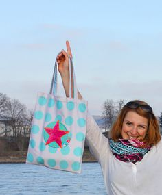 Bags to love: Geometric, bag pattern printed on fabric, #farbenmix #fabric #diy #graphic