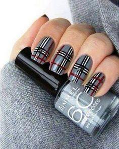 Gingham and plaid nail art designs 017 Plaid Nail Art, Plaid Nails, Checkered Nails, Argyle Nails, Gray Nails, Red Black Nails, Argyle Socks, Grey Nail Designs, Winter Nail Designs