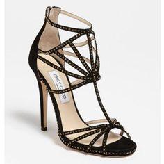 #blackshoes #shoes #heels #shoeporn #wifeythings #sonosempreunamoglie #lamoglietatuata