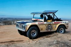 The Parnelli Jones Interview: In The Presence Of A Racing Legend - Off Road Xtreme Classic Bronco, Classic Ford Broncos, Classic Cars, Old Ford Bronco, Early Bronco, Sprint Cars, Race Cars, Parnelli Jones, Desert Buggy