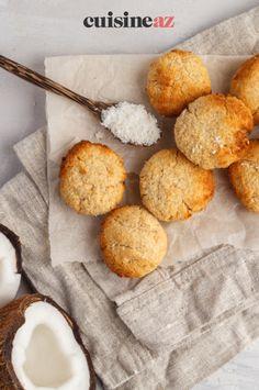 Une recette de biscuits à la noix de coco parfaite pour utiliser un reste de blanc d'oeuf. #recette#cuisine#biscuit #noixdecoco #coco#patisserie Robot, Desserts, Walnut Cookies, Cooking Recipes, Tarts, Tailgate Desserts, Deserts, Postres, Dessert