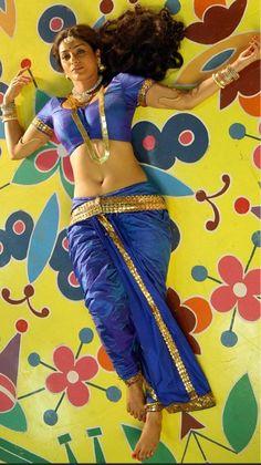 South Indian Actress Hot, Indian Actress Hot Pics, Most Beautiful Bollywood Actress, Bollywood Actress Hot, Cute Beauty, Beauty Full Girl, Tamanna Hot Images, Indian Girls Images, Indian Beauty Saree