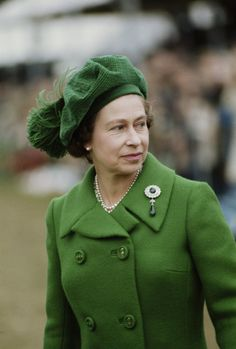 This is a collection of photos of Queen Elizabeth II thru the years. I selected this photo to pin because of the magnificent brooch she has on.