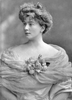 Lady Sybil Mary St. Clair-Erskine | Sybil, Countess of Westmorland, née Sybil Mary St. Clair - Erskine ...