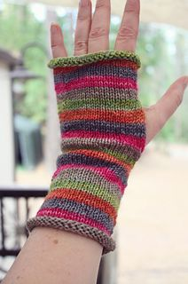 Strata easy and fun to knit stripes, perfect for mini skeins or skeinlettes, just 20 yds each in five colourways.