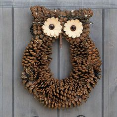 Little Hoot Owl Wreath, New from All Gifts: Olive & Cocoa Pine Cone Art, Pine Cone Crafts, Pine Cones, Pine Cone Wreath, Owl Crafts, Paper Plate Crafts, Wreath Crafts, Pinecone Owls, Pinecone Decor