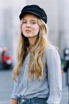black cap, blue micro striped button-down shirt and jeans // street style