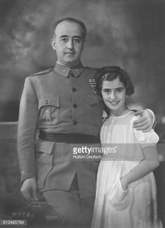 The Spanish dictator, General Francisco Franco (1892-1975) with his daughter. Spain, ca. 1935.