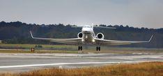 World's fastest private jet offers charter service from Dubai Gulfstream G650, Gulfstream Aerospace, Private Jet Flights, Private Plane, Private Jets, Helicopter Cockpit, Private Jet Interior, Luxury Jets, Civil Aviation