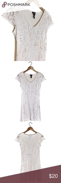 White Lace Dress Excellent Condition   Fits Like Women's Medium, Tag Says XL  Fast Shipping! Dresses Midi