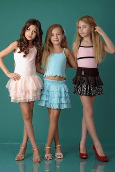 Preteen girls fashion Cute girl outfits Cute young girl Girls outfits tween Young fashion Cute little girl dresses Cute Little Girl Dresses, Little Girl Models, Girls In Mini Skirts, Cute Young Girl, Beautiful Little Girls, Cute Girl Outfits, Cute Little Girls, Child Models, Young Models