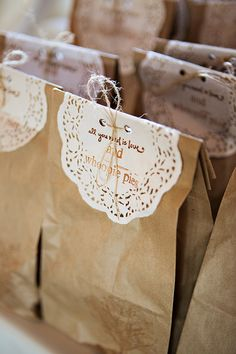 Love this adorably rustic gift bag filled with whoopie pies for the guests to take home!  Photo by Leslie Gilbert Photography Pin from DreamWeddingsPA.com