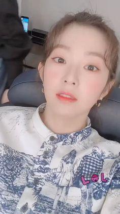 Seulgi Instagram, Joy Instagram, Instagram Story, South Korean Girls, Korean Girl Groups, Red Velvet Irene, Kpop Girls, Asian Beauty, Celebrities