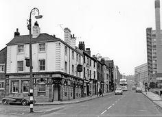 Old English Samson Duke Street Sheffield Sheffield Pubs, Sheffield England, Bramall Lane, Old English, Birmingham, Old Photos, Yorkshire, Duke, Childhood Memories