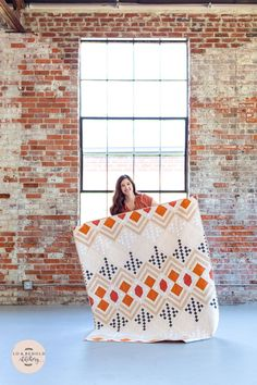 Deco is a modern quilt pattern that is inspired by the Roaring 20s. This art deco design is written for three sizes: baby, throw and bed. This pattern uses a variety of techniques including strip piecing, on-point construction, log cabin blocks and snow-balling. The negative space is great for showing off any sort of quilting design that you wish to do! The pattern is labeled as Intermediate. Quilting Tutorials, Quilting Projects, Quilting Designs, Quilting Patterns, House Quilts, Baby Quilts, Old Bricks, Modern Quilt Patterns, Art Gallery Fabrics
